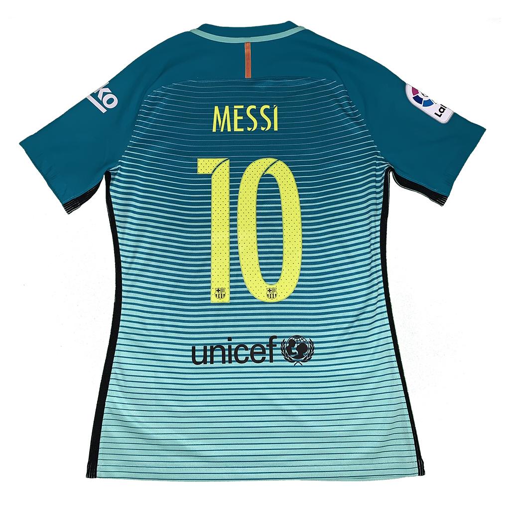 timeless design a889c 7393e Lionel Messi - MatchWorn.net